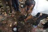 Aston Kupang Hotel inisiasi pembuatan lubang biopori