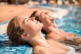 Seberapa bahaya berhubungan intim di kolam renang?