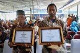 Penolong siswa SMPN 1 Turi yang hanyut merasa berat menerima penghargaan