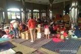 100 KK korban banjir bertahan di Kampus Borobudur