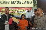 Perempuan hamil pelaku penipuan ditahan di Polres Magelang