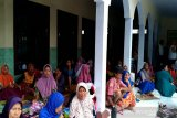 2.475 korban banjir Kabupaten Pekalongan bertahan di pengungsian