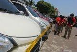 Petugas tangkap oknum polisi pelaku penggelapan 83 mobil
