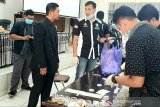Tes urine dadakan kejutkan anggota PPK di Gumas