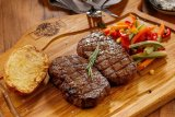 Bolehkah pasien kanker makan daging merah?