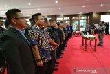 Mahfud MD melantik pengurus DPP dan DPW IKA UII Sultra