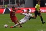 Gelandang Borneo FCNuriddin Davronov  masuk dalam nominasi pemain Asia Tengah terbaik