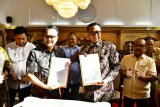 YOSS serahkan Stadion Mattoanging kepada Pemprov Sulawesi Selatan