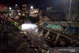 Jalan Sultan Agung ambles akibat tingginya curah hujan