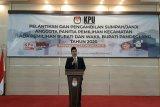 Ketua KPU Pandeglang Ahmad Sujai memberikan sambutan