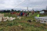 PLN imbau warga tak dekati lokasi tower roboh di Rembang