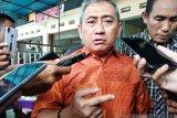 Gubernur Sulbar imbau masyarakat tidak panik merespons COVID-19