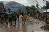 Banjir bandang terjadi di  Desa Lengkeka Kabupaten Poso