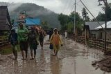 Satu orang perempuan hilang dalam banjir bandang di Desa Lengkeka, Poso