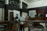 Ketua DPRD  Muara Enim tiba-tiba sakit kepala saat sidang suap