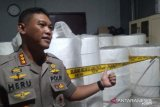 Pabrik masker ilegal raup omzet Rp4,7 miliar