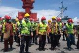 Gubernur Papua Barat ingatkan perusahaan semen Manokwari utamakan tenaga kerja lokal