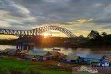 Pemkab rampungkan pembangunan jembatan Muara Teweh - Jingah