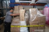 Masker ilegal asal China masuk ke Kepri, barang bukti 6.130 kotak