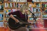 Taylor Swift donasikan 1 juta dolar AS untuk korban tornado
