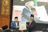 Wapres Maruf Amin merendah saat terima gelar Bapak Ekonomi Syariah Indonesia