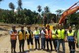 Jalur trans Sulawesi di Sampiro-Bolmut dibuka pascalongsor