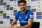 Calvert-Lewin perpanjang kontrak bersama Everton