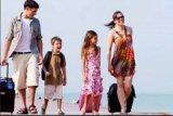 Sedang liburan lalu ada karantina, siapa yang harus bertanggung jawab bayar akomodasi?