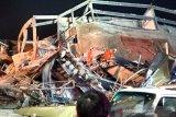 Polisi periksa pemilik hotel karantina COVID-19 yang ambruk