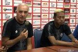 Pelatih Arema enggan menyalahkan Syaiful Indra atas kekalahan dari Persib