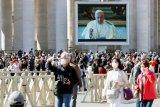 Vatikan umumkan hasil tes, Paus dan ajudan tidak terpapar virus corona