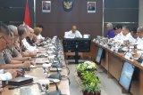 Menko PMK pimpin rapat evaluasi cuti bersama dan  libur nasional