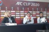 Pelatih Kaya FC-Iloilo senang kapten PSM Willem Jan Pluim absen