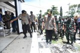 Polisi tahan satu terduga pelaku perusak kantor Bupati Waropen Papua