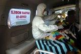 Simulasi penanganan pasien terjangkit virus corona