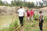 Lima santriwati dan seorang  kiai tewas tenggelam di bekas galian C di Grobogan