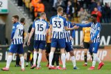 Bos Brighton minta degradasi ditiadakan jika musim tak rampung
