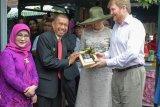 Raja Belanda Willem terkesan pemanfaatan internet di Kampung Cyber Yogyakarta