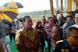 Tommy Soeharto menyumbangkan lahan untuk dibangun terminal di Cikampek