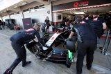 Anggota tim Haas dan McLaren menjalani karantina dan tes virus corona