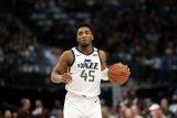 Pemain Utah Jazz Mitchell positif terkena virus corona