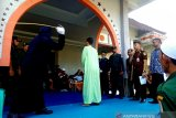 18 orang warga Nagan Raya Aceh dihukum cambuk karena berjudi