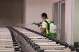 Bandara El Tari  intensif lakukan desinfektan cegah COVID-19
