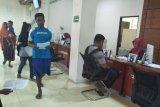 Dukcapil Mataram berikan pelayanan sensus penduduk daring