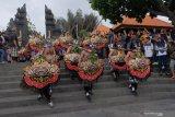Meski wabah Corona, Festival Tanah Lot naikkan kunjungan wisatawan hingga 10 persen