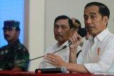 Luhut: Pemerintah kaji aturan karantina 14 hari sebelum masuk Indonesia