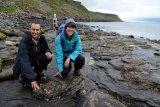 Jejak kaki fosil di Skotlandia ungkap tempat berkumpul dinosaurus