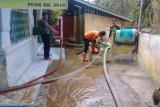 Usai banjir bandang Pemkab Agam fokus bersihkan material lumpur di tempat ibadah dan sekolah