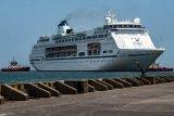 Kapal MV Columbus bersandar di Pelabuhan Tanjung Emas