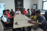 Pengawas pertandingan rapat darurat dengan dua tim liga 2 di Biak Numfor
